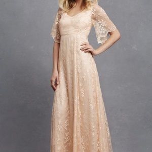 DONNA MORGAN Collection Apricot Lace Gown Sz 2 NWT